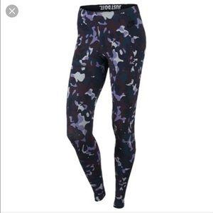 Nike Purple Camo Leggings